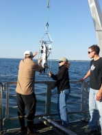 Professor Bracken and our guide, Deb, deploy the CTD at our open ocean sampling site
